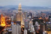 Malaysian Malls & Singaporean Housing Estates