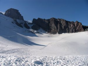The Cowlitz Glacier leading to Cathedral Gap