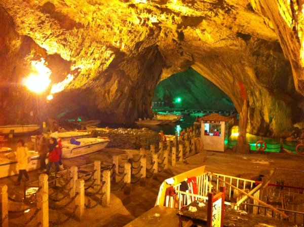 Benxi-Cave