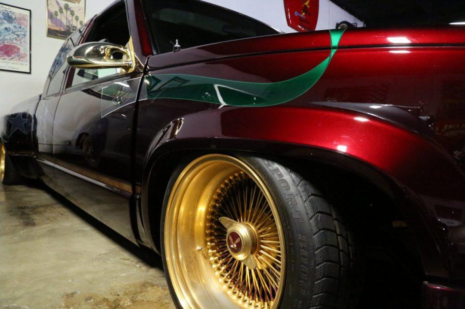 Oscar de la Hoya's vehicle