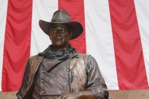 John-Wayne-Airport-Statue