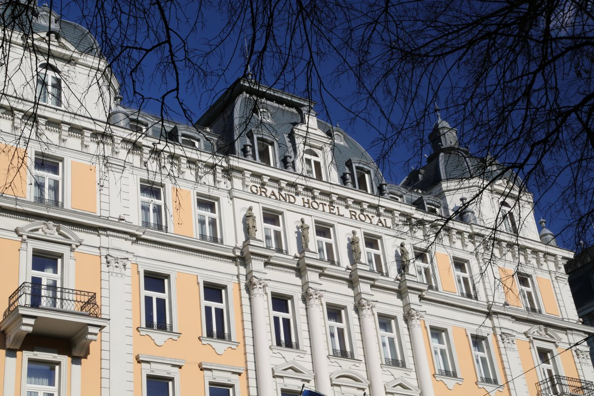 The  outside of the Grand Corinthia on a clear winter day