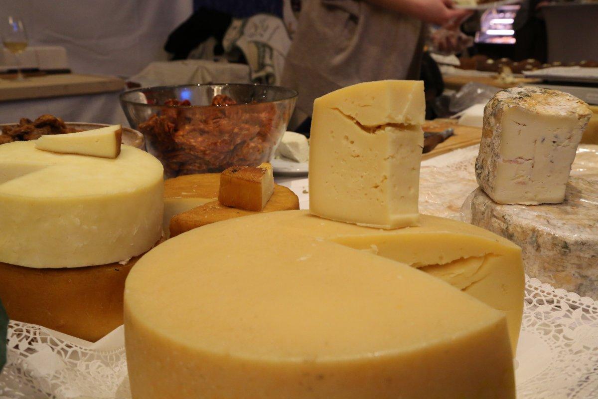 Plenty of cheese to go around
