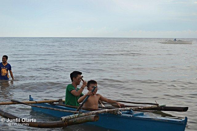 Boat-paddling-Tangohay- Dimiao