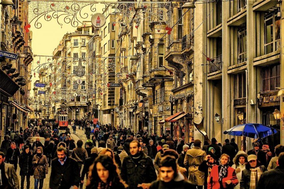 The very happening - Istikalal Avenue