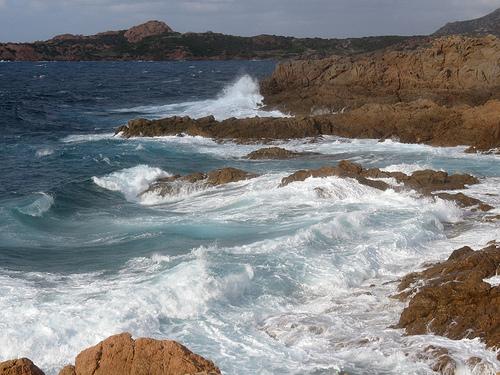waves-sardinia