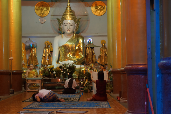 Giving the Buddha his due at Schwedagon
