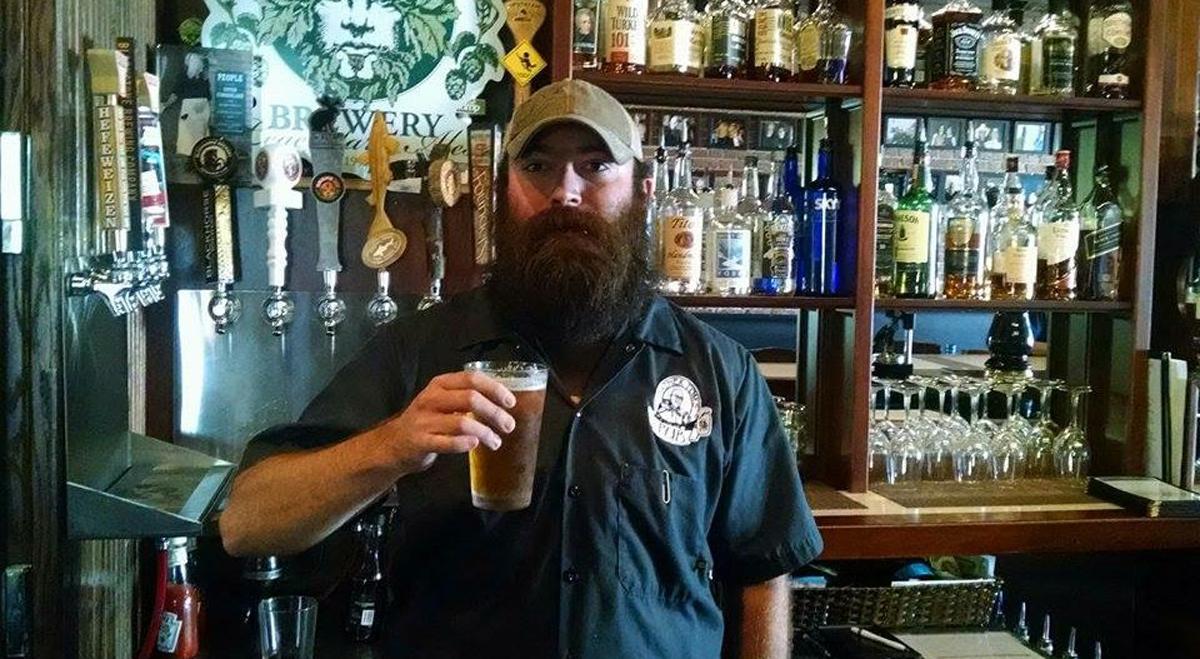 Beard Barrow, Father Tom's Pub