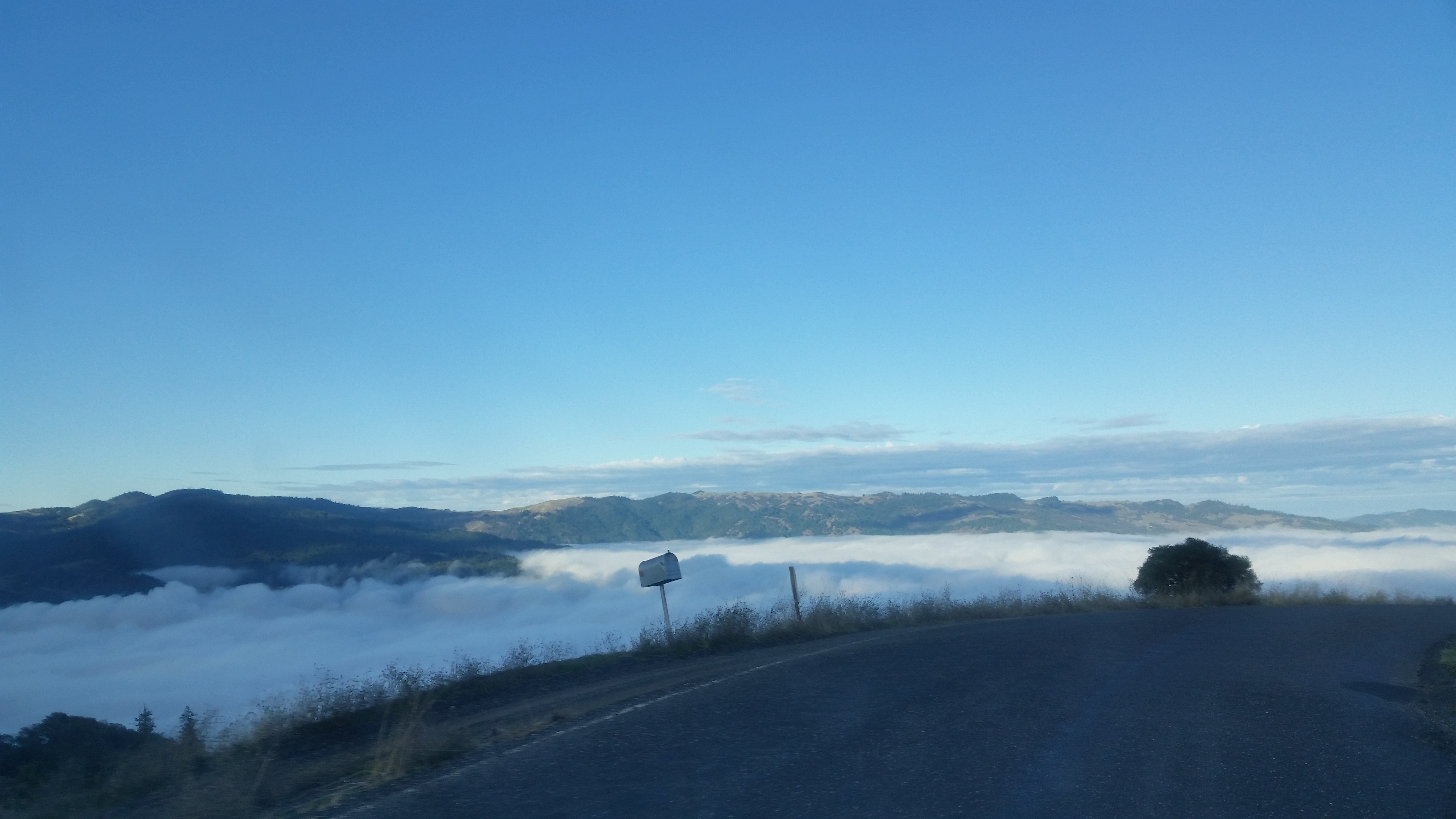 The valley fills up with clouds!