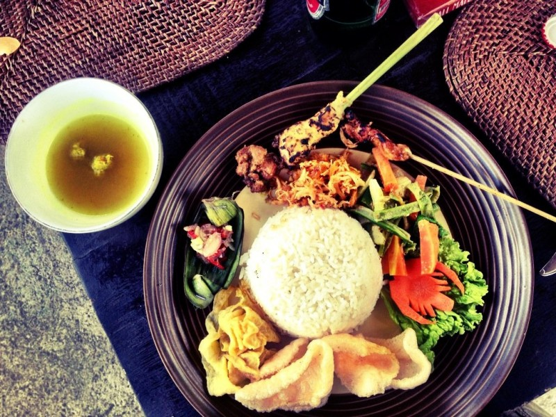 Indonesian food is delicious