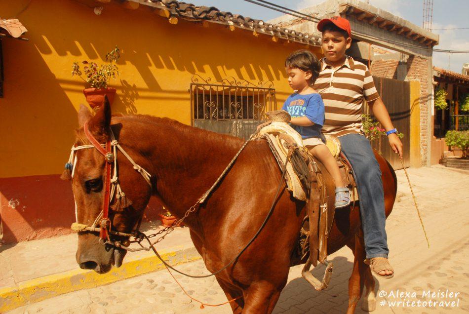 el-quelite-mazatlan-mexico-horse-on-street