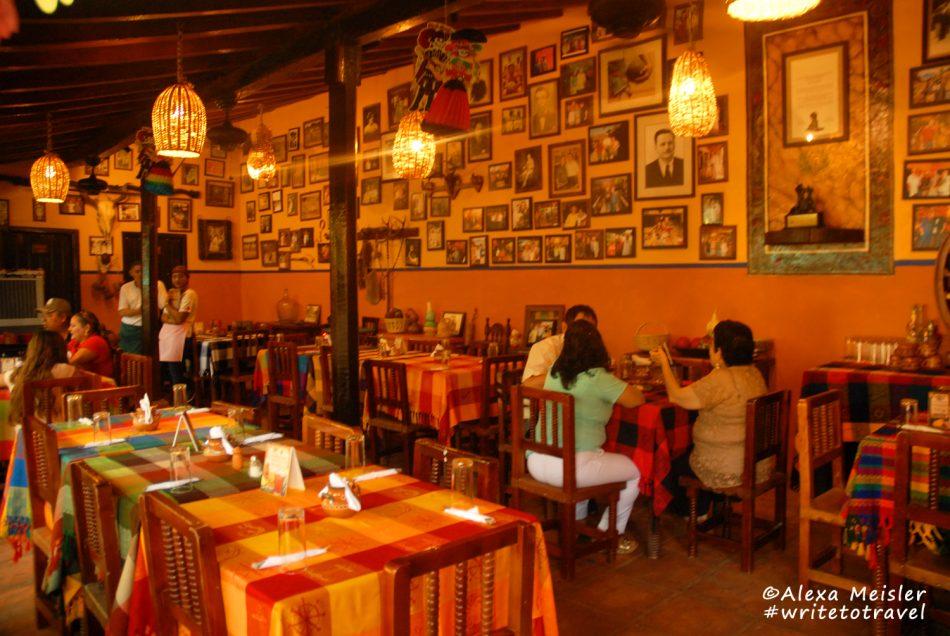 el-quelite-mexico-los-Laureanos-restaurant-dining-room