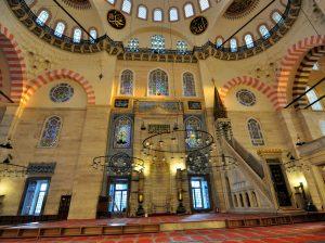 Splendid interior decoration of Süleymaniye Mosque.
