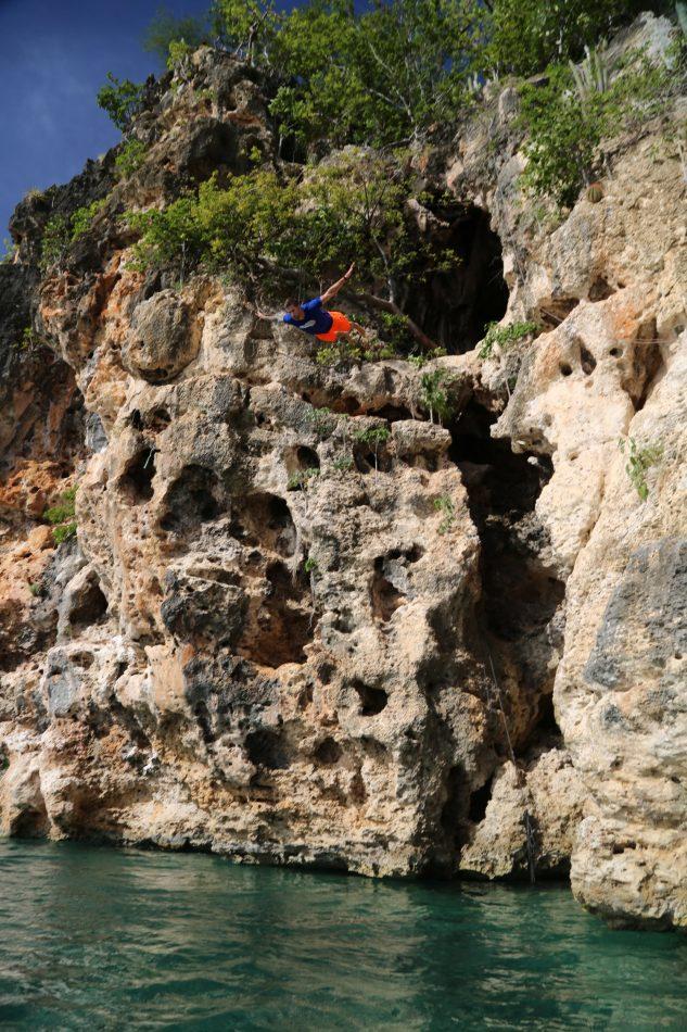 judson-anguilla-dive