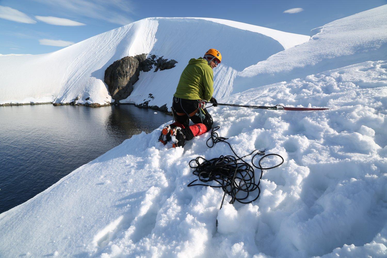basecamp-ortelius-antarctica (6)