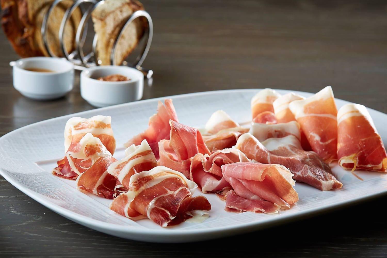The ham tasting (Photo via The Knife)
