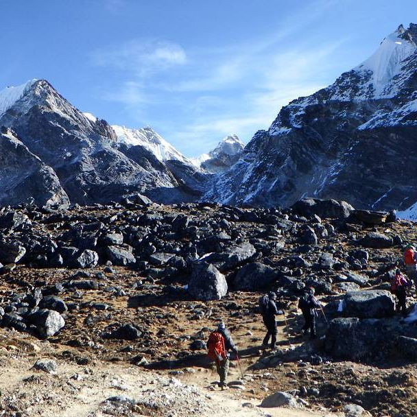 Outdoor students facing their fears and pushing their limits in the Himalayas.