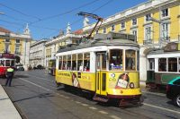 41 top Lisbon travel tips for first time visitors